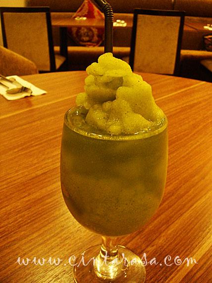 al-diwan-cyberjaya-mint-drink